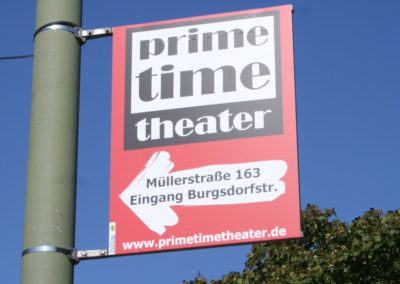 Laternenwerbung Theater